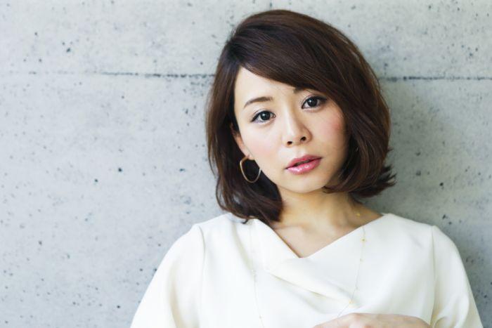 山本彩未が女性向けウェブメディアP・Hで連載を開始しています。